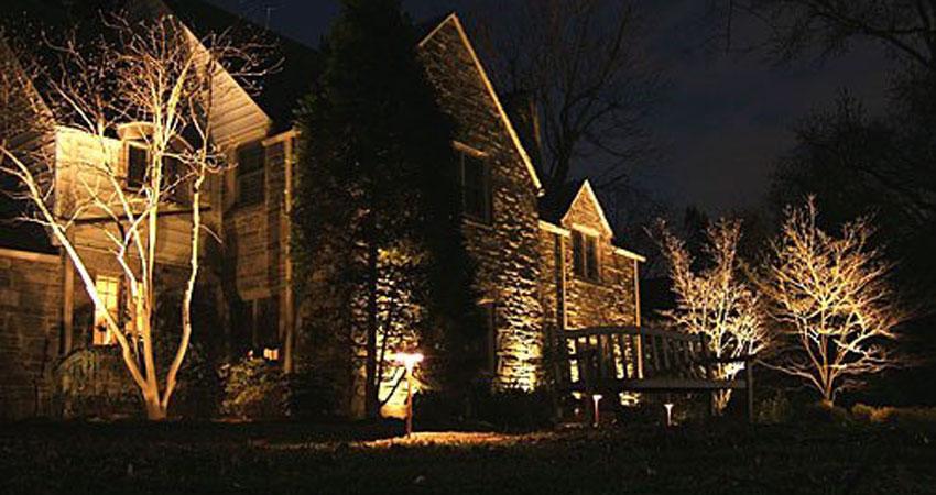 custom outdoor lighting desantis landscaping inc